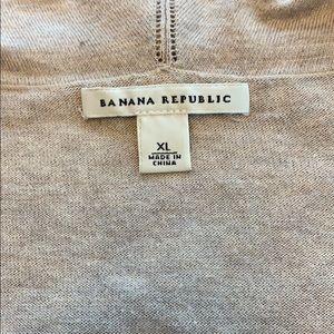 Banana Republic Tops - Banana Republic Short Sleeve V-Neck Sweater